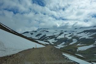 4x4 Weg endete in Schneebrett