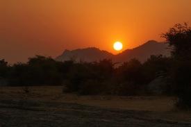 Sonnenuntergang bei Safari